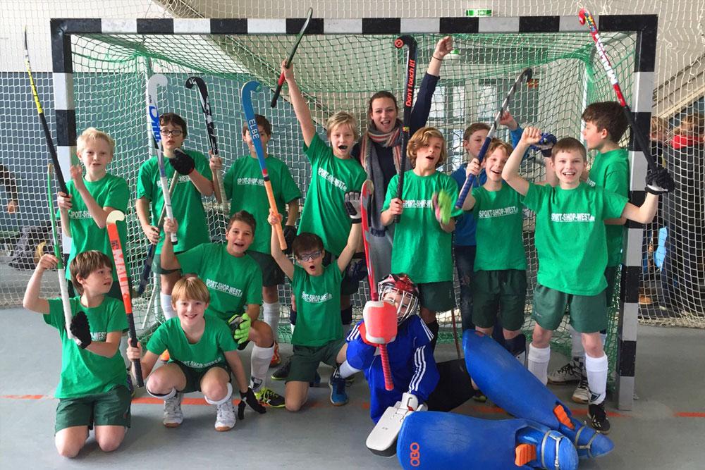 THK Rissen – Knaben Schulhockey 2016